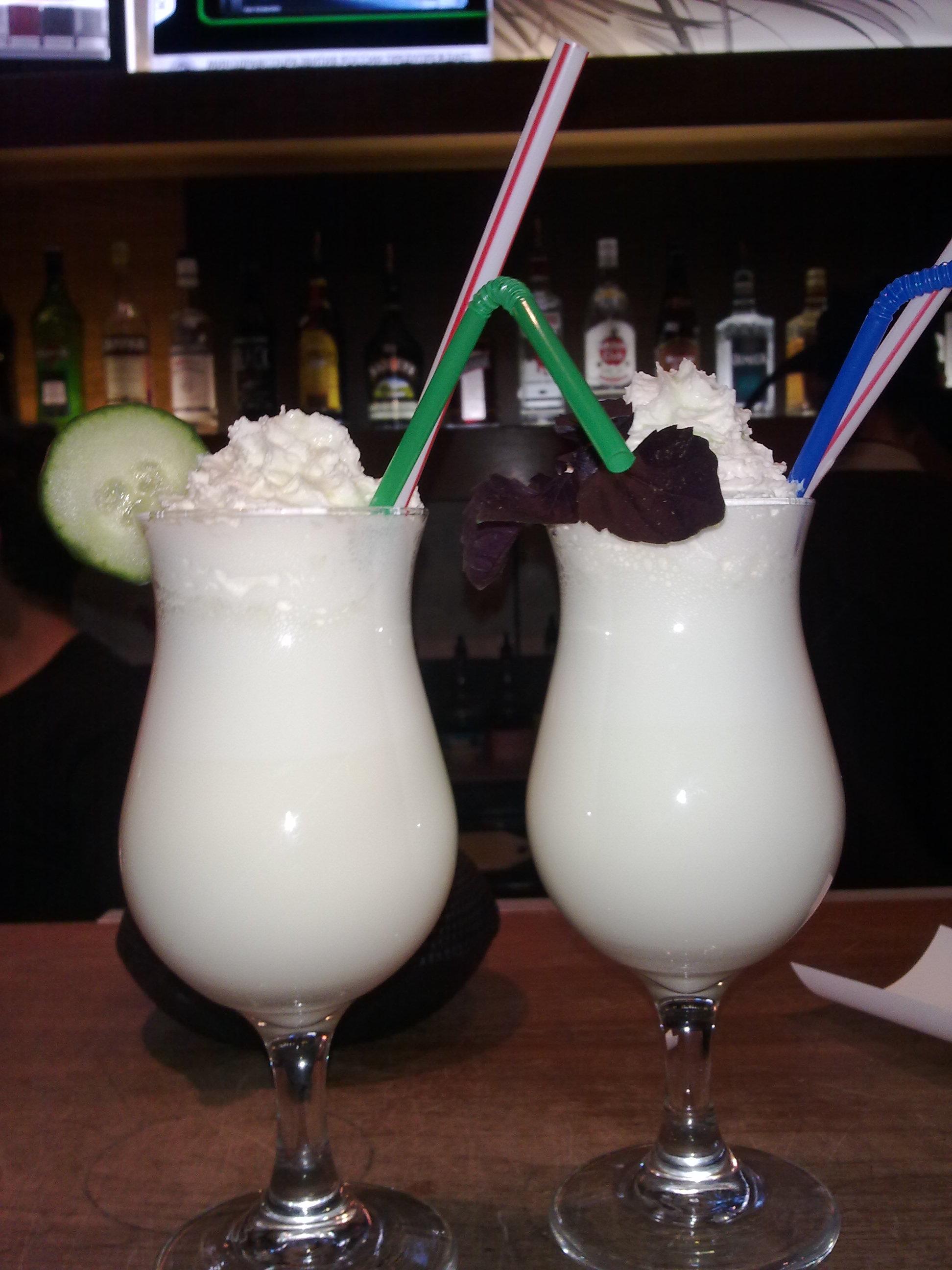 Молочный коктейль в жопе фото 607-575